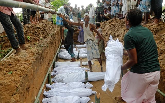 ইনানী সৈকতে রোহিঙ্গাদের নৌকাডুবি: মৃতের সংখ্যা ৬০ ছাড়ানোর শঙ্কা